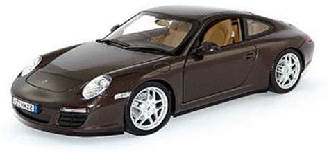 porsche model car bburago porsche 911 carrera s 1 24 scale diecast model
