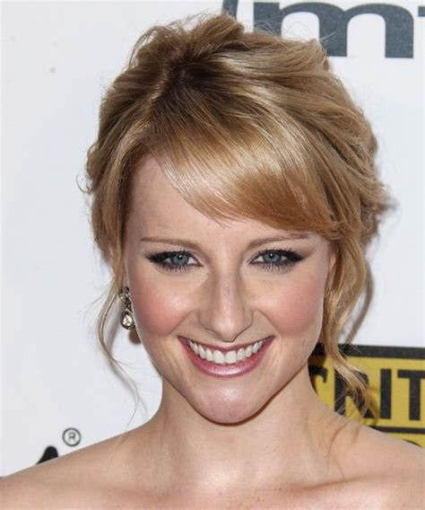 melissa rauch natural hair color 39 best images about melissa rauch on pinterest bangs