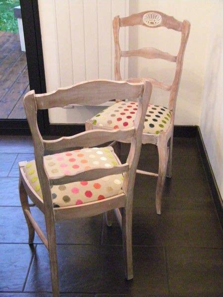 customiser une chaise apres céruse chaise modernisée restauration meubles
