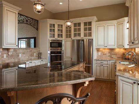 traditional ivory glazed kitchen   world style hgtv
