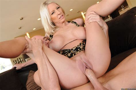 Emma Starr Hot Milf Naked Anal Images Redtube