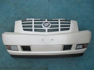 Origianal Cadillac Escalade Front Bumper Cover With Grille
