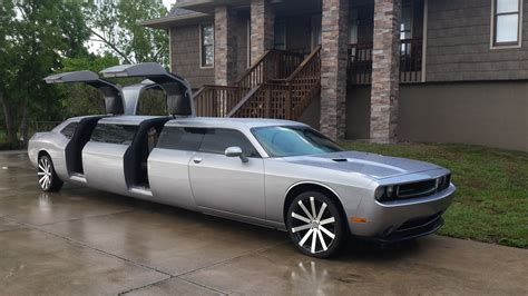 The Limo by Dodge Challenger Limo 12 Passenger Limo With Jet Doors