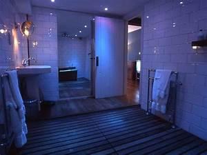 Philips Hue Badezimmer : 20 best phillips hue lights images on pinterest hue lighting ideas and interior lighting ~ Yasmunasinghe.com Haus und Dekorationen
