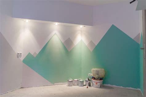Kinderzimmer Wandgestaltung Berge by Kinderzimmer Renovieren Zimmer Nr 1 Wird Gestrichen