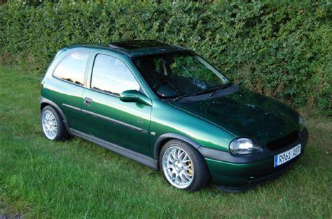 vauxhall green vauxhall corsa sport 1 6 green corsa sport for