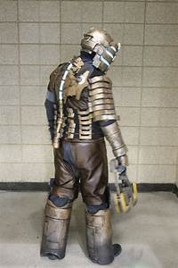 2014 Planet Comicon: Dead Space Armor Cosplay - Project-Nerd