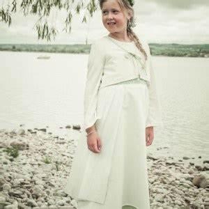 Kinderkleider Weiß Festlich : kinderkleider f r festliche anl sse ~ Frokenaadalensverden.com Haus und Dekorationen