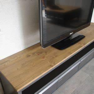Meuble Tele Industriel : meuble tv industriel acier bois fabrication artisanale ~ Teatrodelosmanantiales.com Idées de Décoration