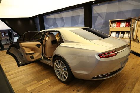 Aston Martin Lagonda Taraf La Limousine Aston Fait Salon