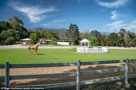 farm queen oprah acre million bidder winfrey pony miniature winning christmas pritzlaff olin dell mary montecito baron adjacent talk land