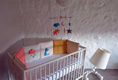 tour de lit bebe bleu turquoise tour de lit b 233 b 233 collection mon chat cloud corail jaune moutarde bleu turquoise et