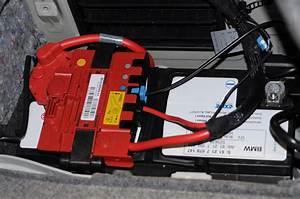 Batterie Bmw 320d : battery picture on my dash page 2 ~ Gottalentnigeria.com Avis de Voitures