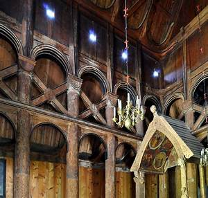 File:Stave church Hopperstad posts constructure.jpg ...