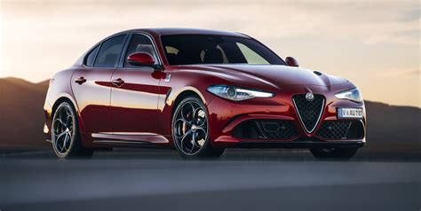 2017 Alfa Romeo Giulia Pricing And Specs  Photos (1 Of 7
