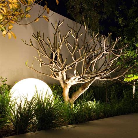 led gartenbeleuchtung fuer ein romantisches ambiente