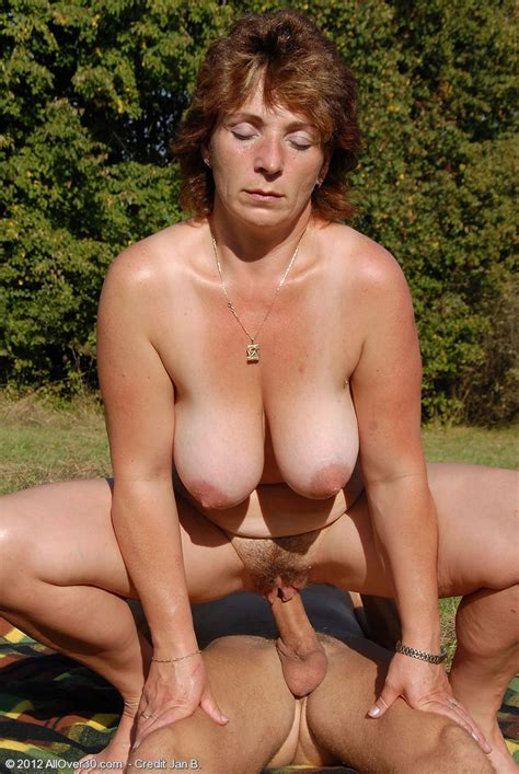 Allover Free Com Hot Older Women Year Old Misti From Czech Republic In High Quality