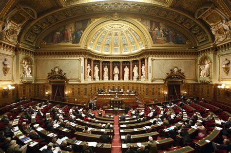 siege du parlement le parlement français mind42