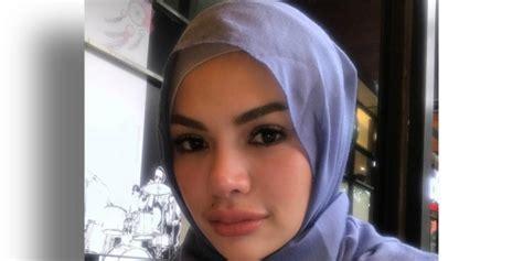 Nikita Mirzani Dosa Banyak Suami Berduit Tinggal Cari