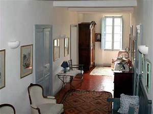 Rental detached villa var correns ref m421 for Maison de provence decoration