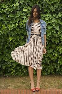 Kleid Mit Jeansjacke : modische jeansjacke f r damen f r fr hling 2016 kaufen damenmode fashion trends in 2019 ~ Frokenaadalensverden.com Haus und Dekorationen