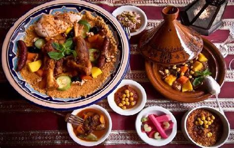 maroc cuisine traditionnel couscous royale recipes dishmaps