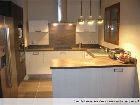 cuisine blanche et marron photos décoration de cuisine américaine ouverte moderne design contemporain brun marron blanc