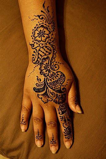 henna  giveaway marigold