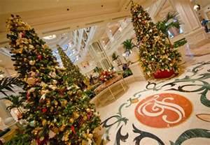 disney world resort christmas decorations tour disney tourist blog