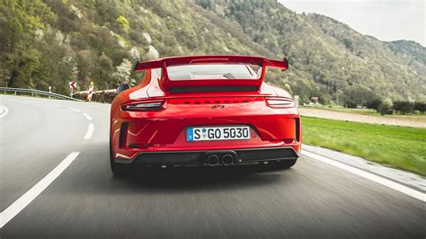 porsche  gt review   involving