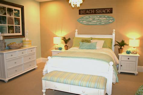 exciting beach bedroom themes   refreshing