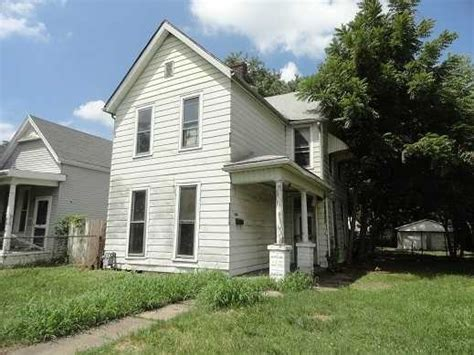 Evansville Indiana Homes For Sale by 2815 Egmont St Evansville Indiana 47712 Detailed
