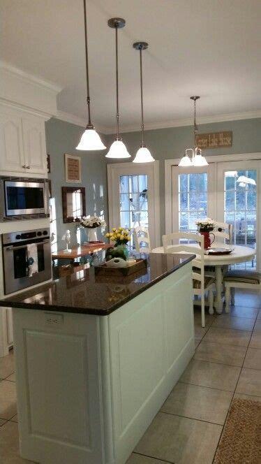 Kitchen makeover. Sherwin Williams Alabaster kitchen