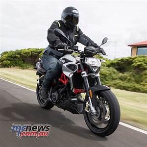 Aprilia Shiver 900 : motorcycle review aprilia dorsoduro shiver 900 test ~ Medecine-chirurgie-esthetiques.com Avis de Voitures