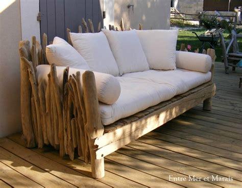 canapé en bois canapés en bois flotté entre mer et marais créations