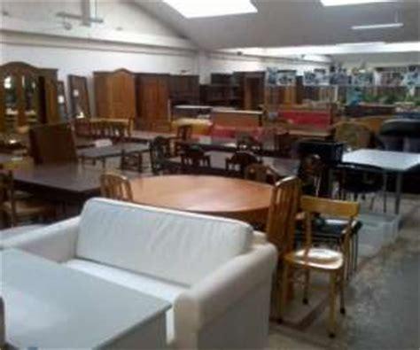 mobilier table emmaus meubles ile de france