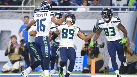 seahawks tyler lockett doug baldwin execute  td