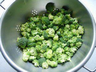 cuisiner des brocolis comment cuisiner des brocolis