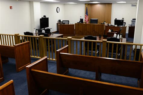 york courtroom gave  detained immigrant