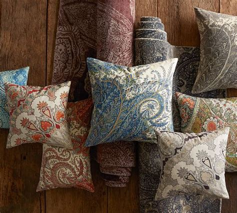 ravati paisley printed rug blue pottery barn