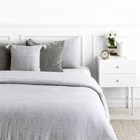 funda nordica en color gris claro de lino kenay home