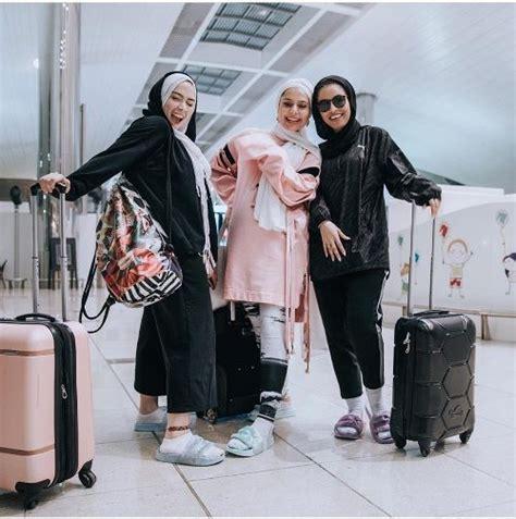 hijabi traveling style  trendy girls hijabi