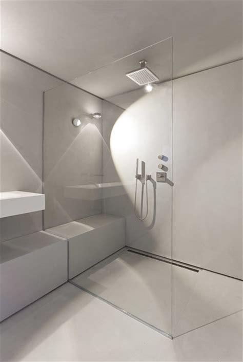 dusche ebenerdig fliesen bodenebene duschen modern leicht und barrierefrei bulling bad und heizung pforzheim