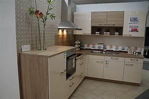 Magnolia Farbe Küche : nolte k chen magnolia hochglanz ~ Michelbontemps.com Haus und Dekorationen