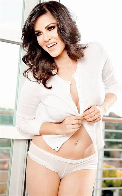 Sunny Leone Entertainment Event During Rare Bollywood