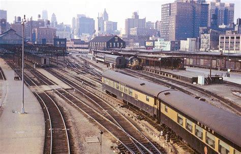 Passenger Train Stations Chicago