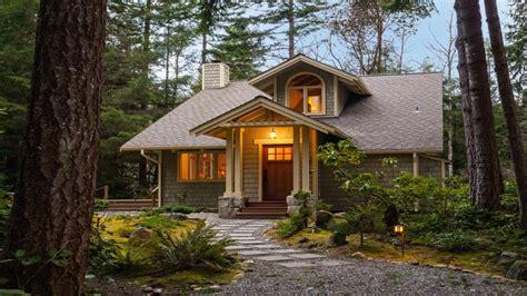 Home Design Exterior Small House Exterior Design