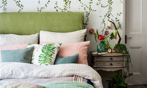 green bedroom ideas  olive  emerald explore