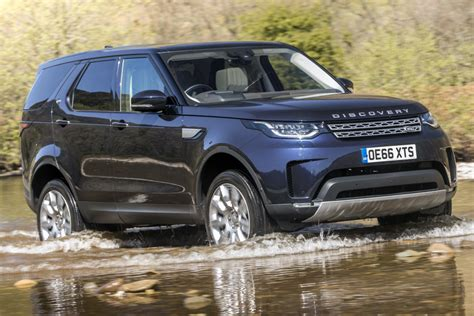 Land Rover Car : Jaguar Land Rover Cuts 1,000 Uk Jobs