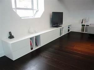 Meuble Bas Salon : 10 awesome meuble bas long salon images salon pinterest impressionnant tvs et salons ~ Teatrodelosmanantiales.com Idées de Décoration
